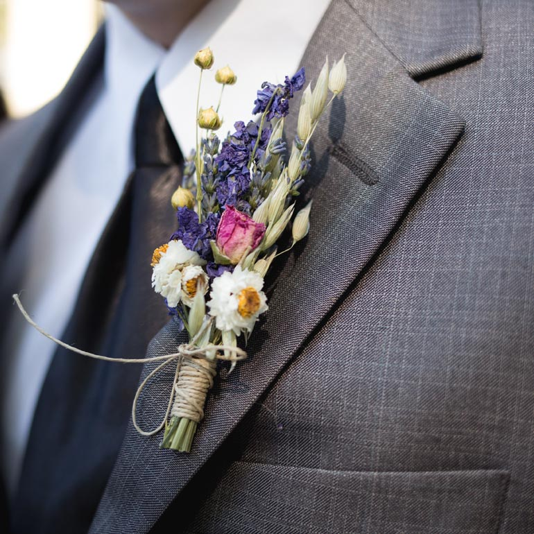 How to preserve your boutonniere flowers.