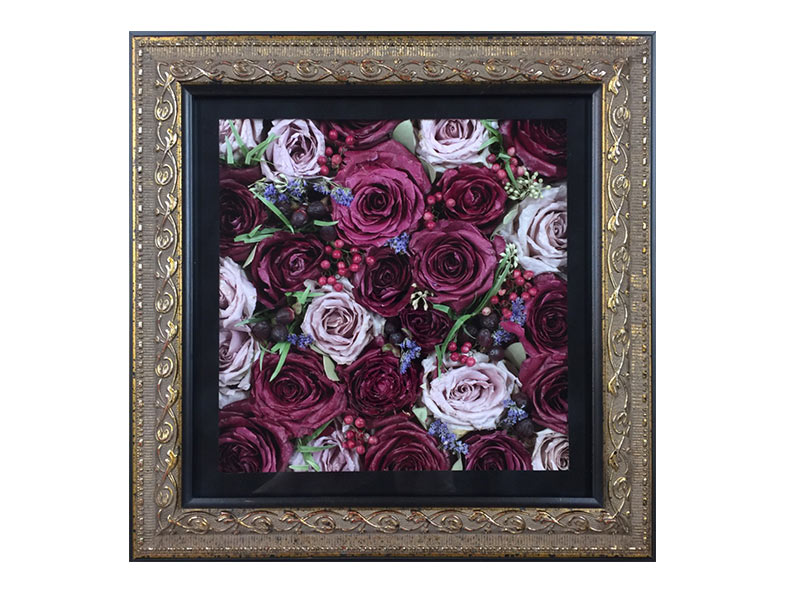 Pavé Shadow Box flower preservation prices.