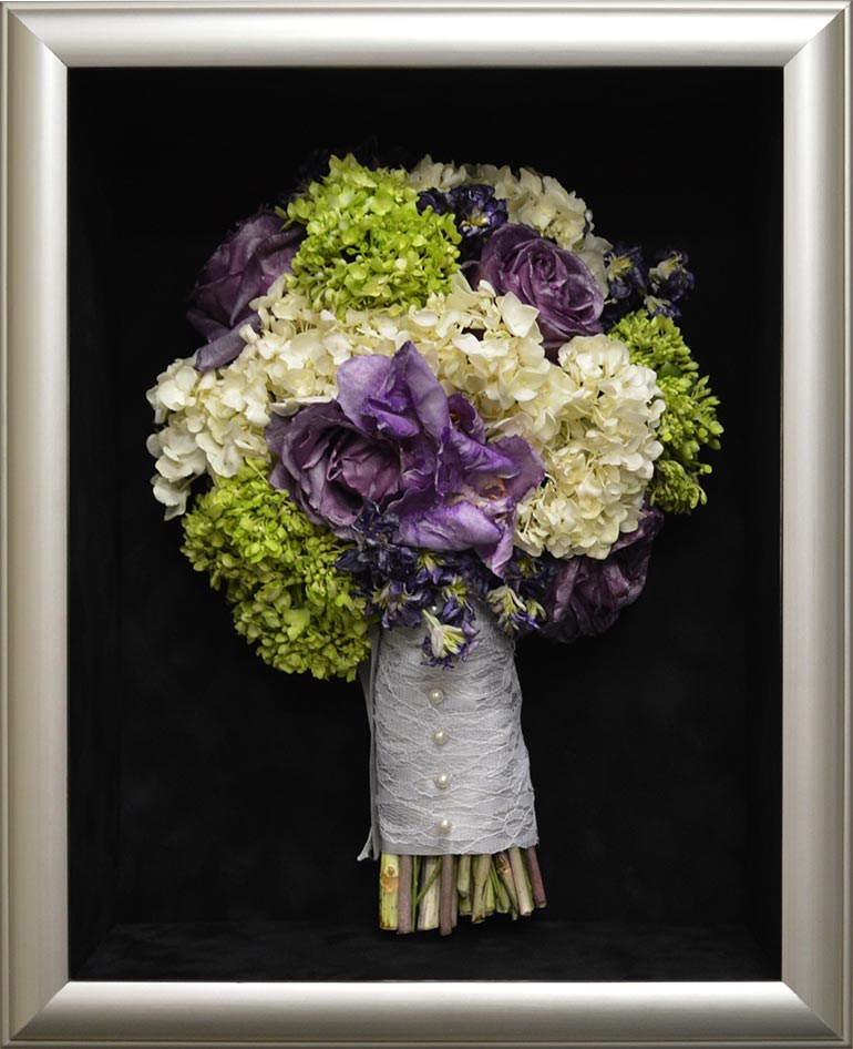 Affordable wedding bouquet preservation in Kansas, Missouri and all clients nationwide.